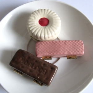 Ceramic Biscuits